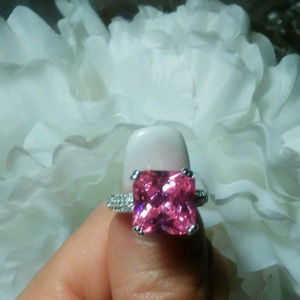 Gorgeous 3ct Pink SQUARE Sapphire Ring